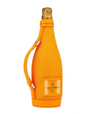 Veuve Clicquot Yellow Label Brut Champagne 75cl Ice Jacket 4
